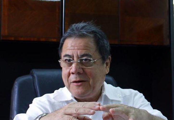 Yucatán tendrá más de mil observadores electorales durante los comicios del 7 de junio, lo que cuadruplica los del 2009. En la imagen Fernando Balmes Pérez, vocal ejecutivo de la Junta Local del INE. (Milenio Novedades)