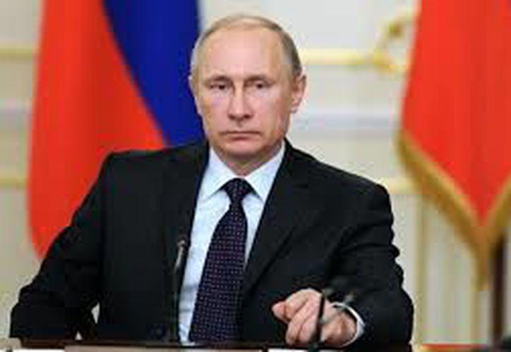 El presidente ruso insistió en la necesidad de la lucha conjunta contra el terrorismo internacional. (Foto:  W Radio)