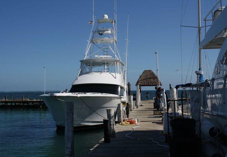 Las embarcaciones son revisadas al azar para detectar anomalías y evitar accidentes. (Juan Estrada/SIPSE)