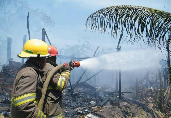 La causa más común de incendio fue por cortocircuito. (Joel Zamora/SIPSE)
