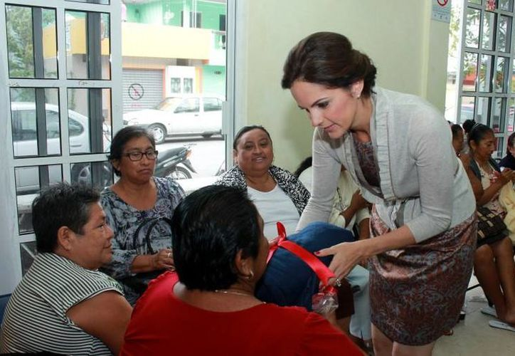 La presidenta del DIF municipal encabezó el convivio. (Cortesía/SIPSE)