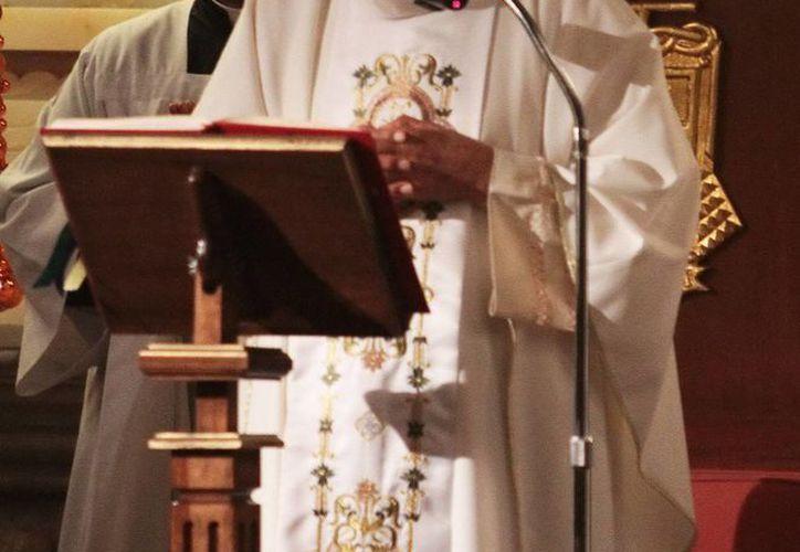 El sacerdote asesinado tenía la cara desfigurada a consecuencia de los múltiples golpes que sufrió. (Archivo/Notimex)