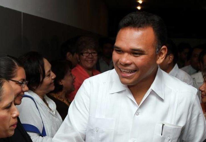 El gobernador de Yucatán, Rolando Zapata, estará este viernes en una escuela secundaria y en el Complejo de Seguridad Pública. (Milenio Novedades)