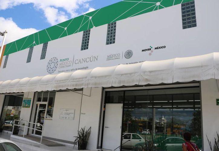 El recinto absorbe los gastos de los cursos y dota los materiales. (Miguel Ángel Ortiz/SIPSE)