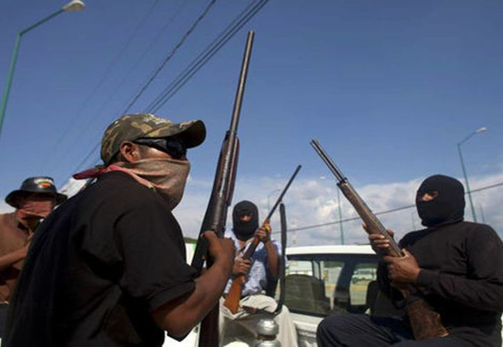El gobierno del estado de Guerrero afirma que las Policías comunitarias operan como auxiliares en materia de seguridad pública. (Milenio)