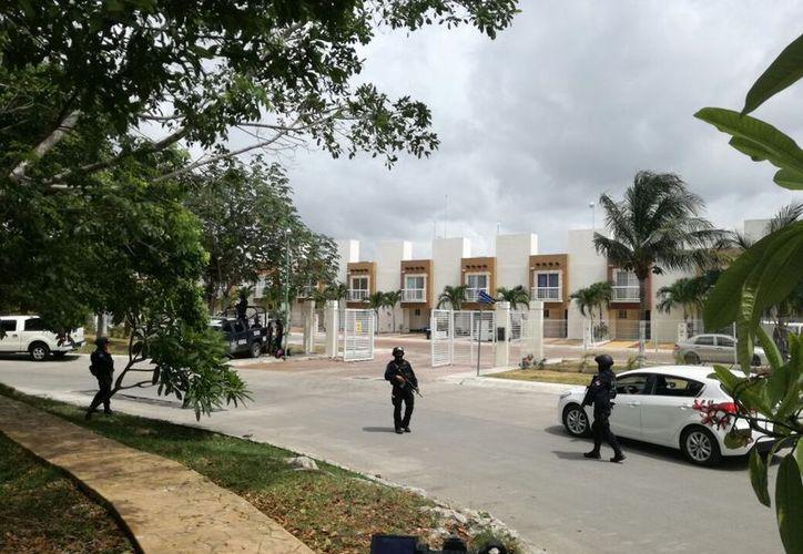 Los dos sujetos fueron detenidos en operativos que se llevaban a cabo simultáneamente. (Foto: Redacción/SIPSE)