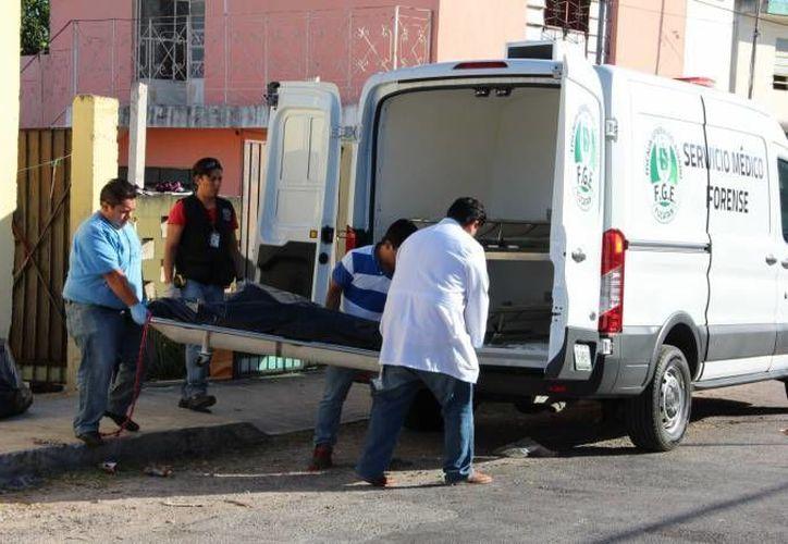 Un hombre que celebraba el fin de año con su pareja, discutió con ella y minutos después se ahorcó en Mérida. (Foto de contexto de SIPSE)