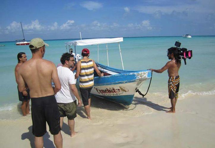 El equipo de grabación de Discovery Channel estuvo filmando escenas en la isla. (Internet)