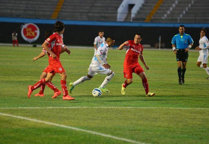 Mérida venció 2-1 a Toluca en el Estadio Carlos Iturralde, en la capital yucateca. (Luis Pérez/SIPSE)