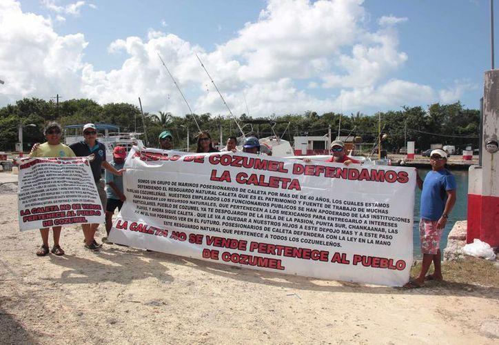 """En """"La Caleta"""" únicamente quedan 18 embarcaciones que son propiedad de 12 personas. (Gustavo Villegas/SIPSE)"""