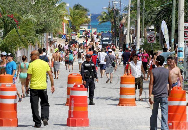 Se espera que el próximo 17 de julio inicie el operativo de verano que reguardará la seguridad de los 800 mil visitantes que se esperan.  (Adrián Monroy/SIPSE)