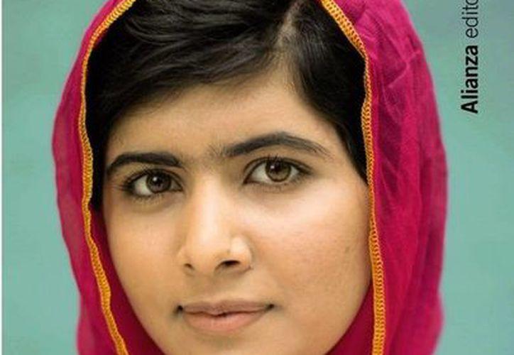 El libro de Malala, prohibido en su natal Pakistán, llega a México para difundir su testimonio . (alianzaeditorial.es)