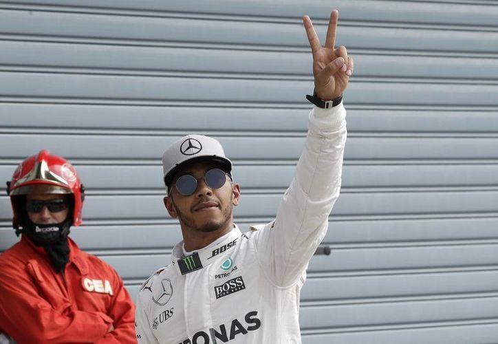 Lewis Hamilton ha conseguido un total de siete poles durante la temporada 2016 de la Fórmula Uno. (Antonio Calanni/AP)