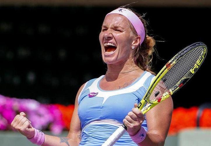 Svetlana Kuznetsova logró su pase al Abierto de Miami donde espera reeditar su título de 2006. (EFE)