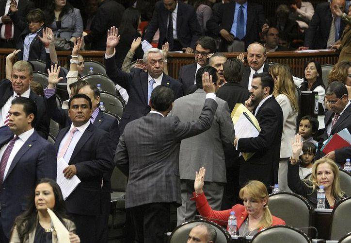 La Estrategia Nacional de Energía fue aprobada con 237 votos a favor, 125 en contra y 99 abstenciones. (Notimex)