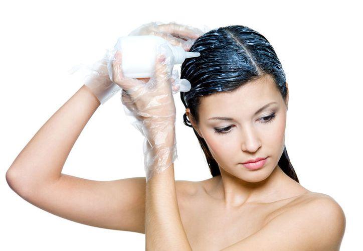 Para cambiar el tono de color de tu cabello, primero analiza qué tono es el que mejor te favorece. (Foto: VIX)