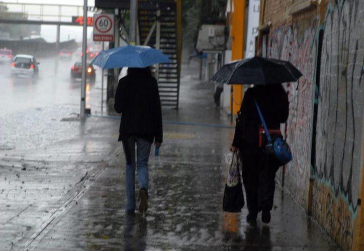 La entrada de humedad del Océano Pacífico, Golfo de México y Mar Caribe favorecerá el desarrollo de nublados con potencial de lluvias fuertes en Hidalgo, Tlaxcala y Guerrero. (Archivo/Notimex)
