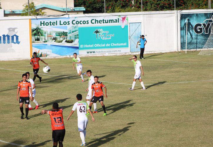 Tigrillos de Chetumal están obligados a ganar por lo menos 10 encuentros para aspirar a un lugar en la liguilla. (Miguel Maldonado/SIPSE)