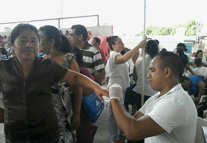 Invitan a la población a participar en la jornada de salud. (Lara Alfaro/SIPSE)