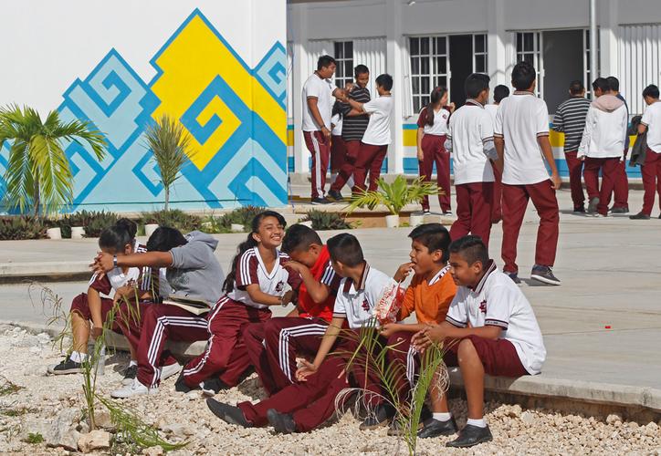 Durante las inscripciones del actual año escolar detectaron alumnos de fraccionamientos de nueva creación lejanos a los centros escolares. (Jesús Tijerina/SIPSE)