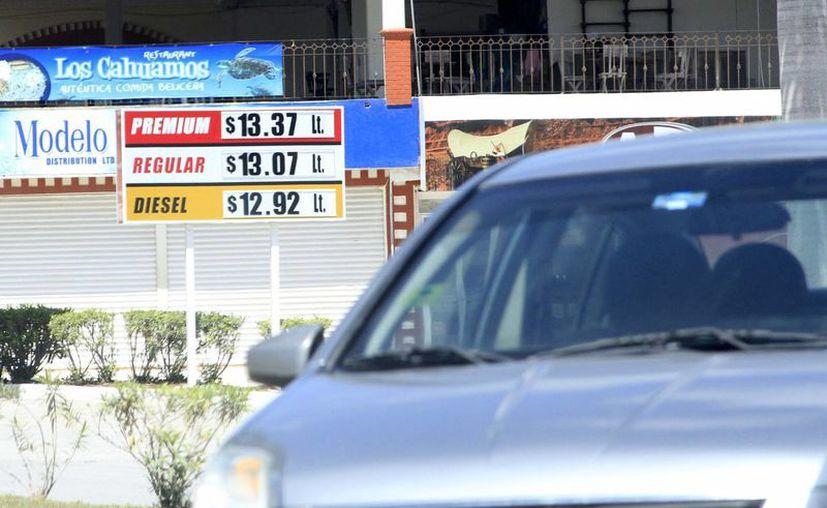 Los costos de los hidrocarburos de Belice han incrementado pero se ofertan a mejor precio que en Chetumal. (Harold Alcocer/SIPSE)