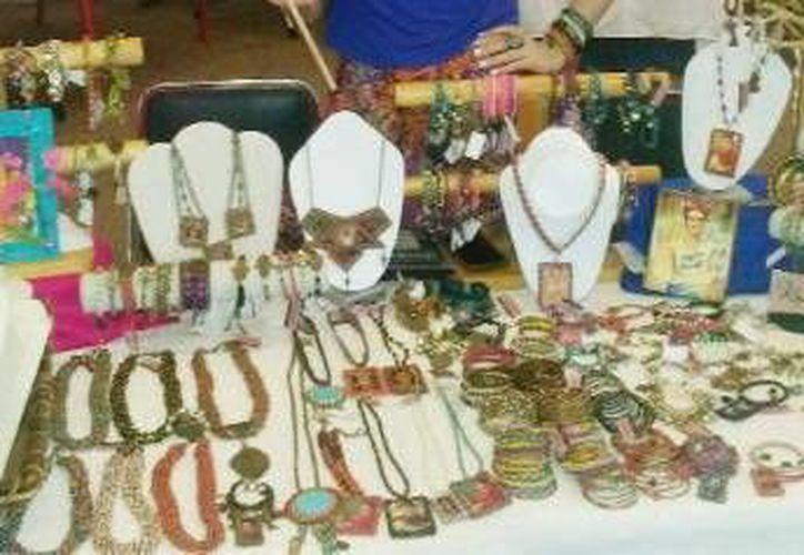 En el bazar, que se realizará en el  Club Libánes, se podrán encontrar desde joyas, prendas de vestir hasta comida. (Milenio Novedades)