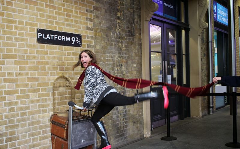 Fanático de Harry Potter intentó atravesar una pared en Londres