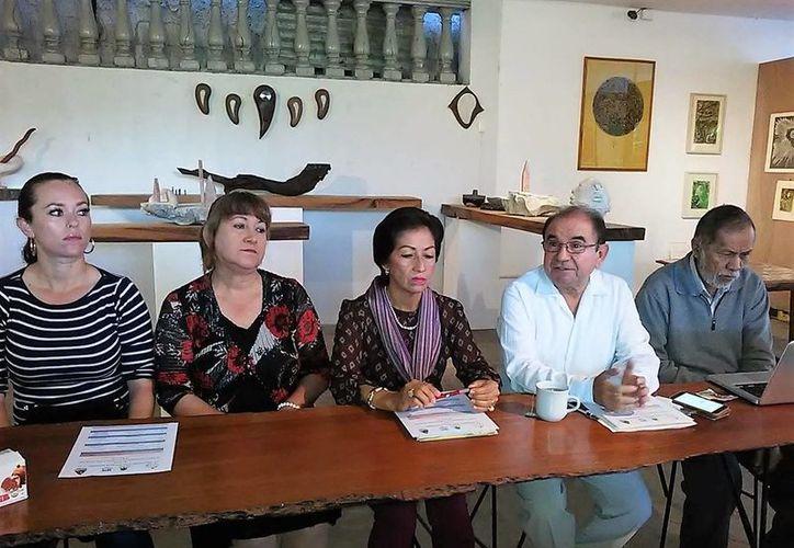 Los organizadores del evento indicaron que los escritores realizarán conferencias y talleres. (Foto: Javier Ortiz)