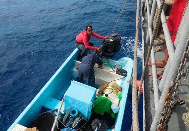 Los tripulantes fueron trasladados a puerto seguro, debido a las condiciones meteorológicas del área. (Milenio Novedades)