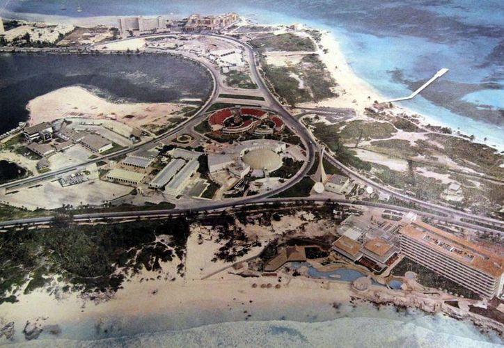 Cancún es una de las ciudades con mayor crecimiento en la República Mexicana. (Archivo/SIPSE)