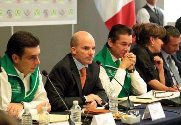 Imagen de la participación de José Antonio González Anaya, director general de Pemex, durante la reunión plenaria del Partido Verde Ecologista. (@partidoverdemex)