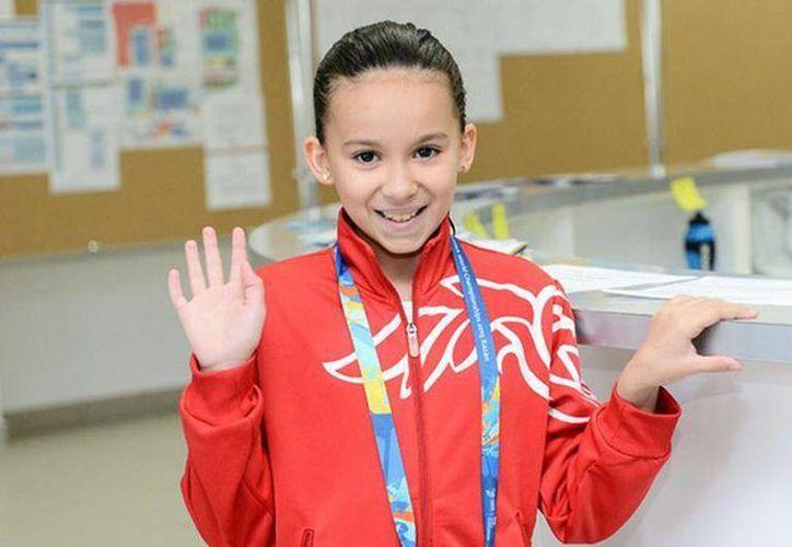 La joven nadadora Alzain Tareq, de Bahréin, participará en 50 metros libres y 50 metros mariposa. Debutará el viernes por la mañana en el Kazan Arena y se convertirá en la competidora más joven de la historia. (dw.com)