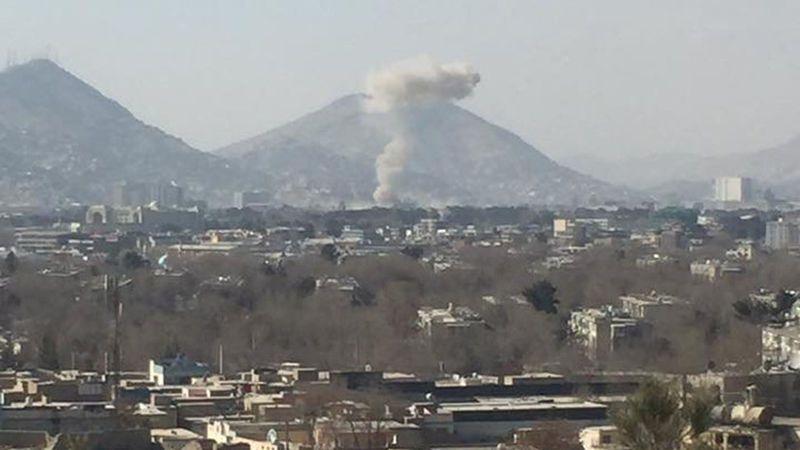 Talibanes asumen ataque en Kabul con 40 muertos y 140 heridos