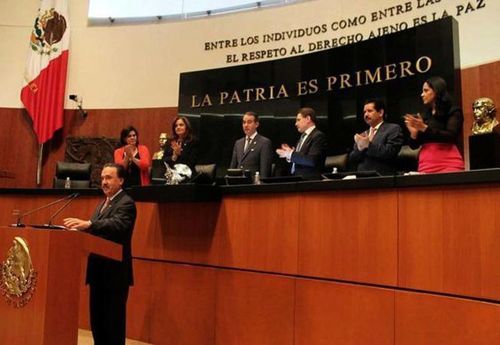Después de cinco días de discusión fueron aprobadas las leyes secundarias de la reforma energética. (@analiliaherrera)