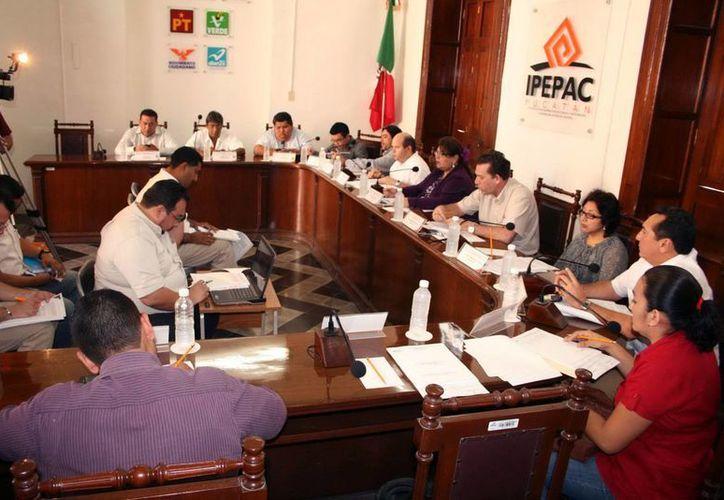 El Ipepac emitió la convocatoria para los observadores de la consulta. (Milenio Novedades)