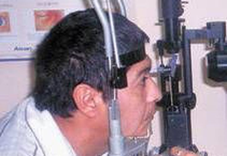 Revisión oftalmológica. (Milenio Novedades)