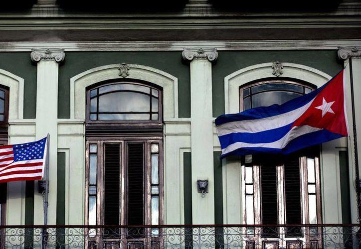 Este jueves, las delegaciones de Cuba y Estados Unidos abordarán la apertura de una embajada en La Habana, entre otros temas. (AP)