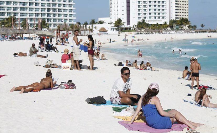 Con la campaña se espera aportar de dos a tres puntos a la ocupación para la temporada de verano. (Jesús Tijerina/SIPSE)