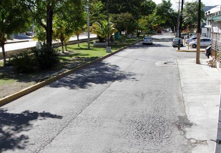 Las acciones de rehabilitación de la avenida avanzan a su segunda etapa. (Redacción/SIPSE)