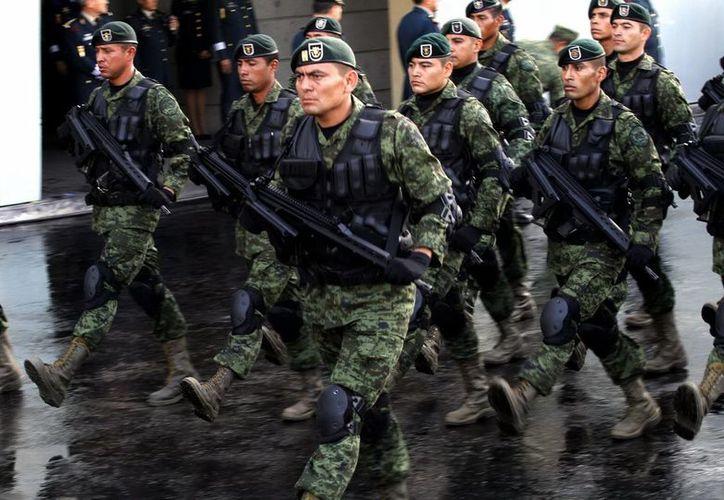 Siete unidades operativas de la Armada y un teniente de corbeta recibirán menciones honoríicas del Presidente de México. (Notimex/Foto de contexto)