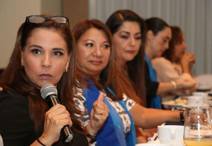 Mara reconoció a las mujeres trabajadoras y visionarias. (Redacción)