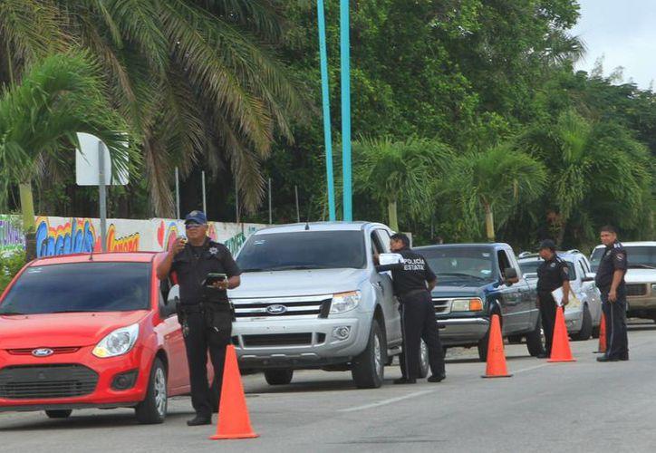 Las 28 dependencias que participan en el operativo Guadalupe-Reyes se preparan para el banderazo. (Ángel Castilla/SIPSE)