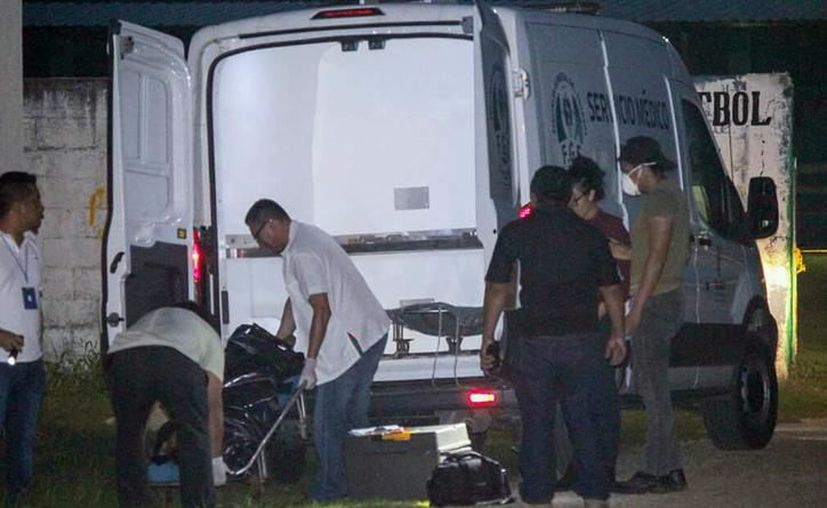 Al lugar llegó personal de Servicios Periciales de la Fiscalía para levantar el cadáver. (Archivo/Sipse)
