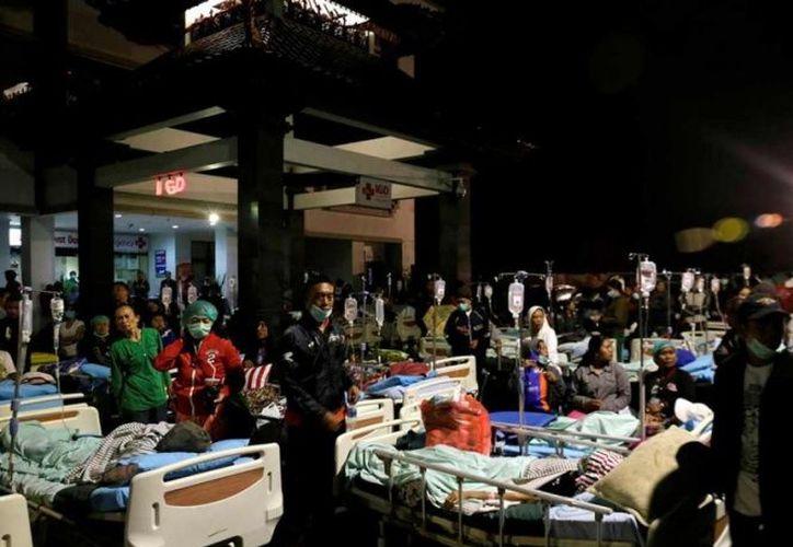El sismo dejó cientos de heridos en Lombok. (excelsior.com)