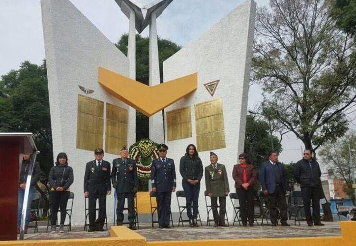 Esta sábado se rindió un homenaje a los veteranos de guerra del Escuadrón 201, con la presencia de algunos sobrevivientes. (excelsior.com.mx)