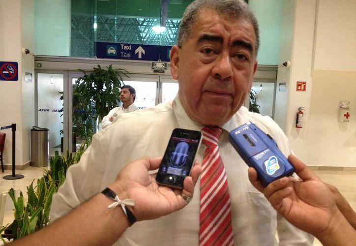 El ex funcionario trabaja con priistas de tres municipios veracruzanos.  (veracruzinforma.com.mx)