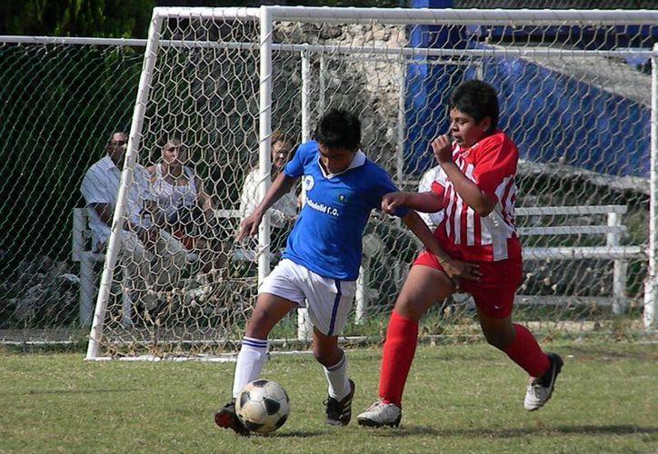 Anuncian encuentros de las categorías juveniles de la fecha 10. (Ángel Mazariego/SIPSE)