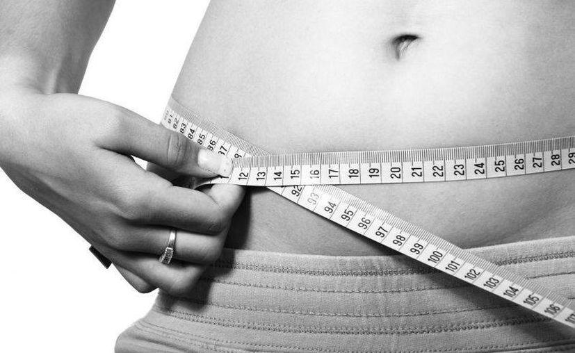 Existen ejercicios para tonificar la zona abdominal que tonifican tu abdomen. (Contexto/Internet)