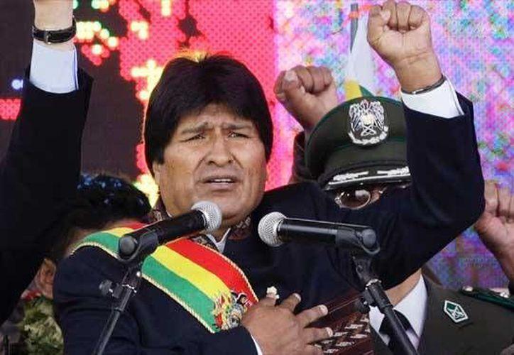 Evo Morales, presidente de Bolivia, se enfrenta a una exigencia de legisladores suplentes de su partido. (Archivo/AP)