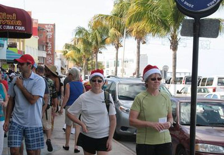 Turistas  salieron a disfrutar la Navidad en la Isla de las Golondrinas. (Julián Miranda/SIPSE)